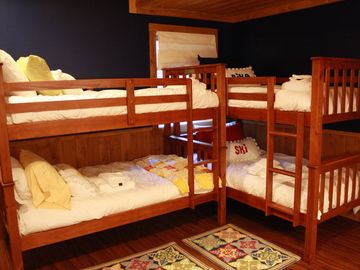 Lower Level Bunk Room - Sleeping accomodations for four.
