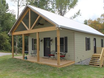 Florence cabin rental - Kathy's Kabin is a custom one bedroom cabin great for special occasions.
