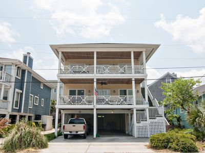 Nice 4 Br Oceanside Duplex in the Heart of Wrightsville Beach