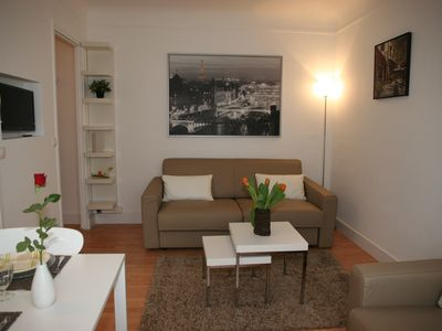 Very quiet studio 10 min away from the Eiffel Tower
