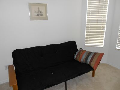 Third bedroom Futon