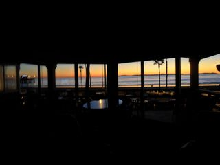 Newport Beach condo photo - Catalina and Newport Pier at sunset from great room