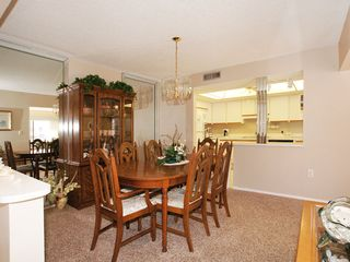 Fort Myers Beach condo photo - Dining area