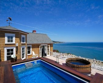 Observation Deck with Exercise Pool and Hot Tub