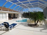 Great Villa with private pool, hot tub and located at golf course