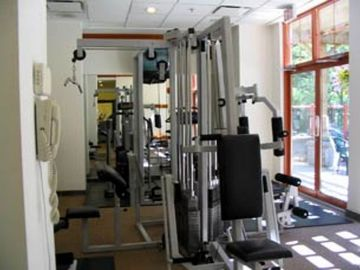 Alpenglow fitness area - The Alpenglow has a fitness aera with sauna and steam room. It also has coin laundry area.