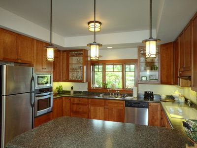 Hilo house rental - Spacious custom-designed kitchen has everything you need to cook a gourmet meal