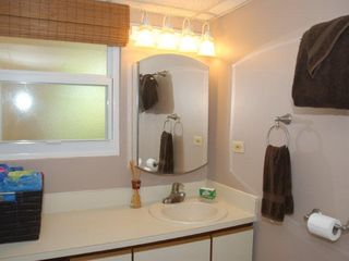 Grand Cayman condo photo - Bathroom