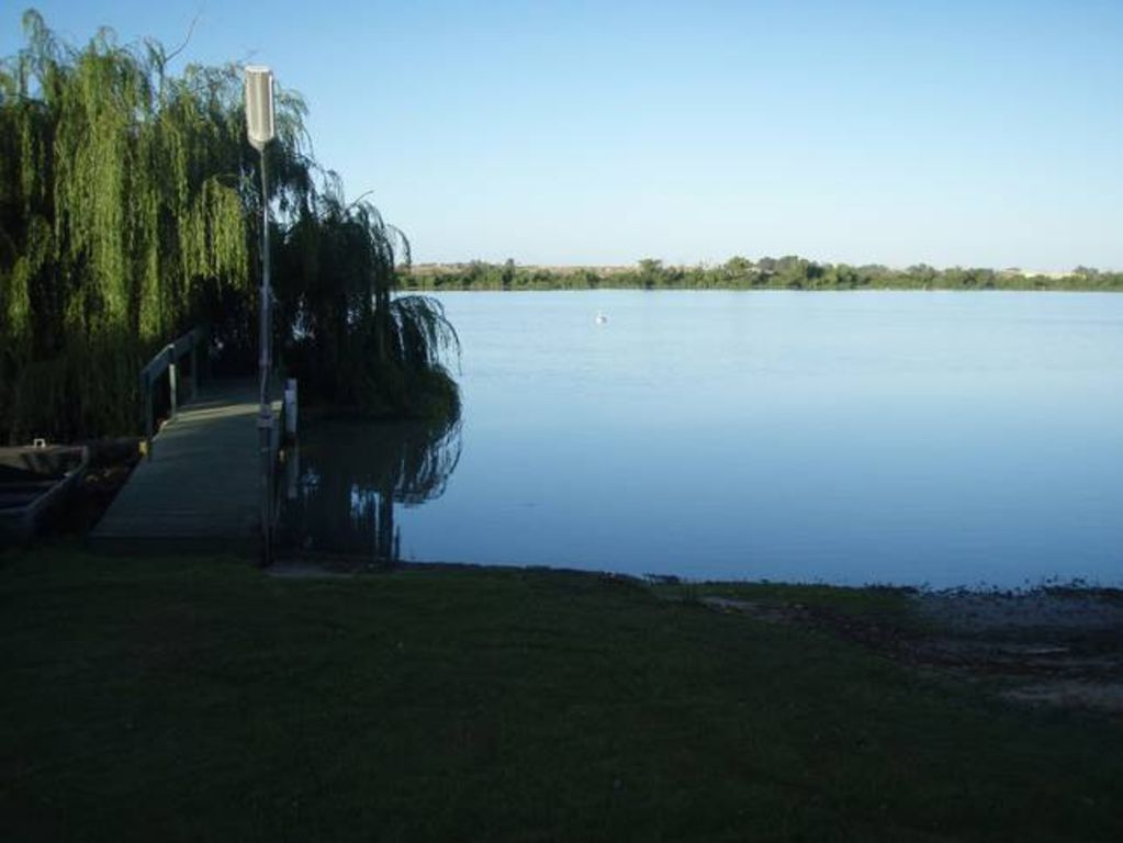 The Boat Shed - Tailem Bend