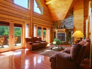 Pigeon Forge cabin photo - Great Room