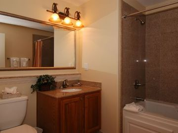 2 bathrooms in the condo!