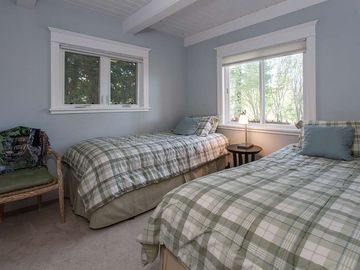 Downstairs Bedroom with Twin Beds