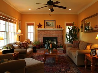 Montauk house photo - Cozy Living Room
