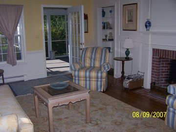 Living Room out to Screened Porch