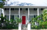 1 Blk fron Duval! - Historic Eyebrow Home Old Town Key West