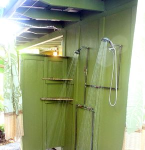 Private Outdoor Shower for Two!