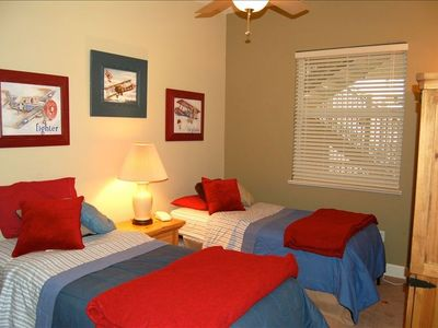 Kids Room w/ TV, nicely decorated, sleeps 3 (trundle bed) and has views of ocean