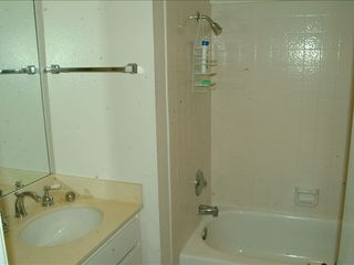 San Diego condo photo - Master bath