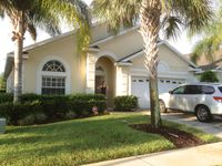 4 bed 3 bath south facing pool and hot tub 15 min from disney