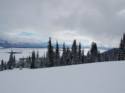 Fresh powder and beautiful views on the slopes.