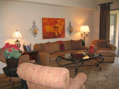 Gold Canyon house rental - Great room with 20' ceiling.