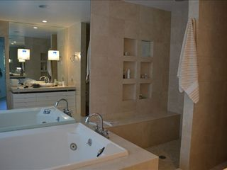 Quogue house photo - Master Bathroom
