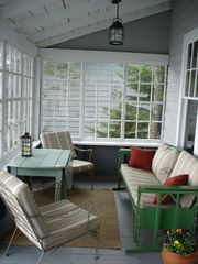Boothbay Harbor cottage photo - Covered porch for seaside dining & socializing