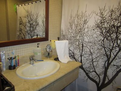 Bavaro apartment rental - Main bathroom