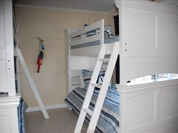 1st Floor Bunk Room