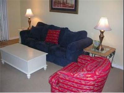 Sea Pines townhome rental - Living Room