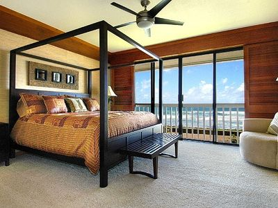 Luxurious ocean front master suite - see sunsets
