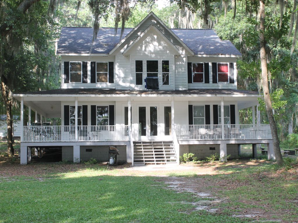 Cherry lake near madison tallahassee vrbo for Madison cabin rentals