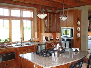 Addison house photo - Fully equipped kitchen