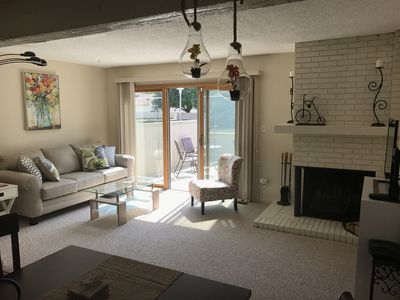2 Beds, 1 1/2 Baths, Close To UIUC Campus, Parks, Shopping, Restaurants And More