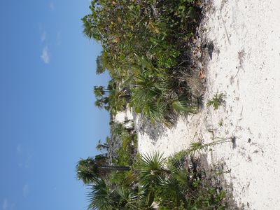 Little Exuma villa rental - path to the beach