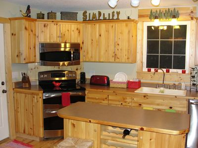 Alexandria house rental - Kitchen is fully equipped