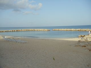 Grand Cayman condo photo - Sandy beach and swimming area
