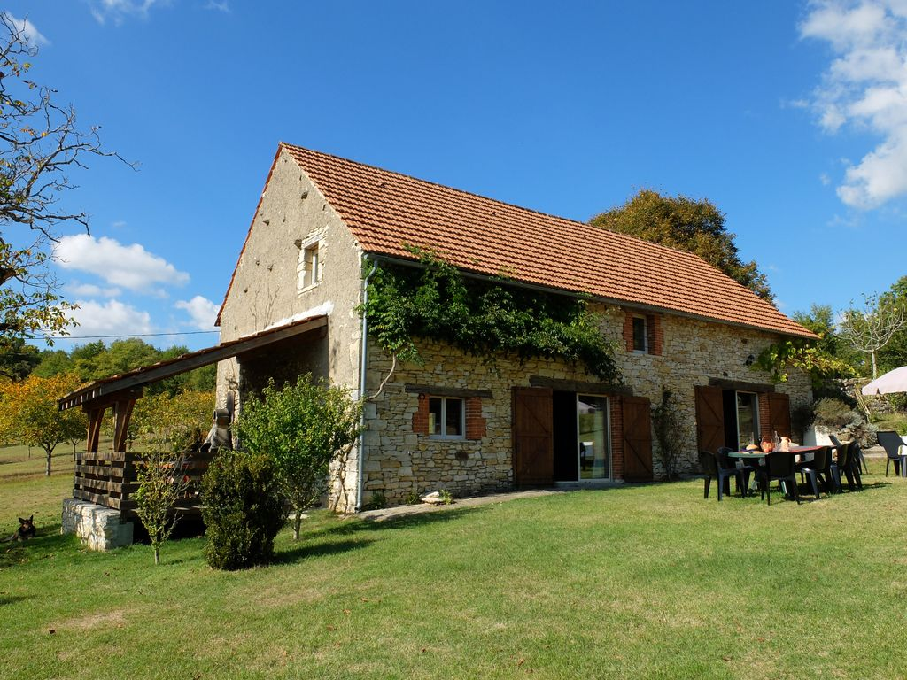 Lot Holiday Cottage Uzech Les Oules Country Holiday Home