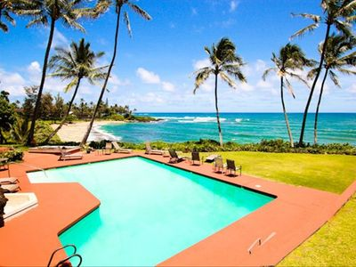 Excellent beachfront pool!