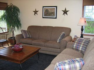 Burnside cabin photo - One Of Two Couches Is A Queen Size Pull-out Sofa.