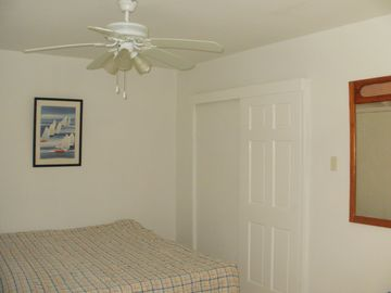 Guest room with private full bathroom