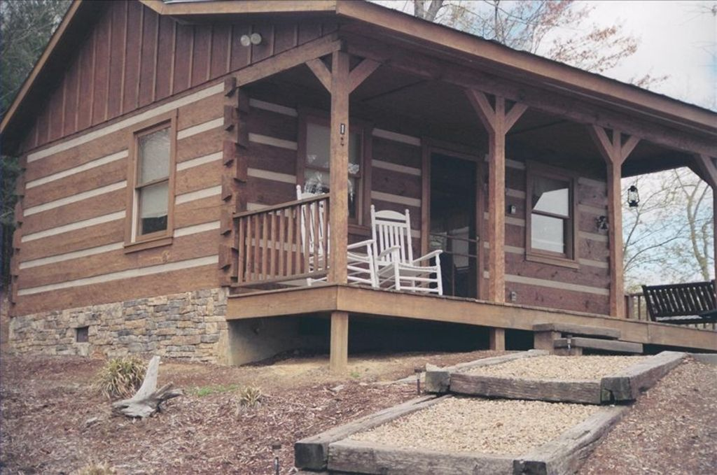 Walk to north carolina 39 s stone mountain state vrbo for 8 bedroom cabins in north carolina