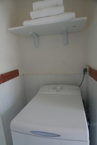 Piazza di Spagna apartment rental - Clothes washer