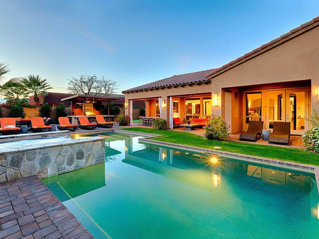 Modern Villa In Gated Community With Game Vrbo