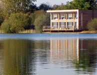 Larchwood Lodge Spacious 4 bed 4bath south west lakeside house, free on site spa