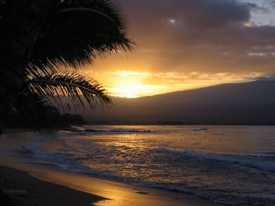 Maalaea condo rental - Breathtaking sunrise over Mt. Haleakala and Ma'alaea Bay from our beach