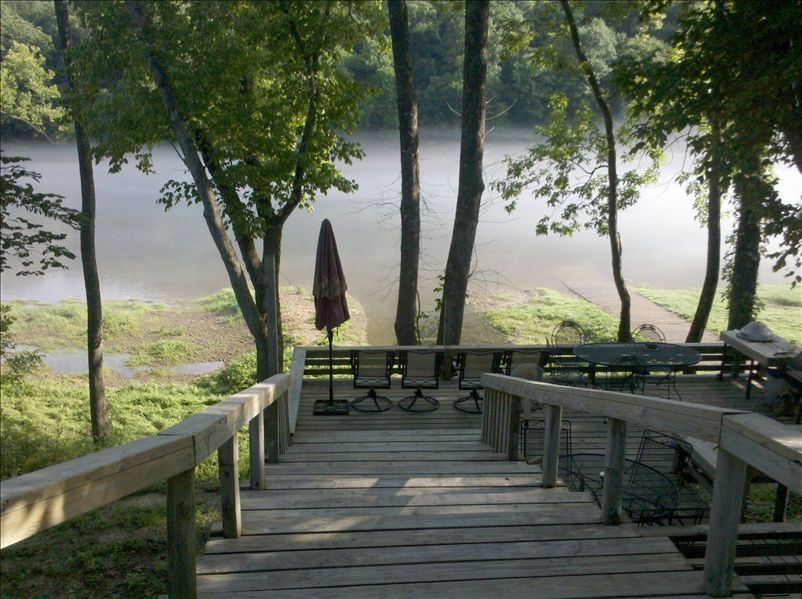 On the white river with private boat ramp vrbo for White river cabin rentals arkansas