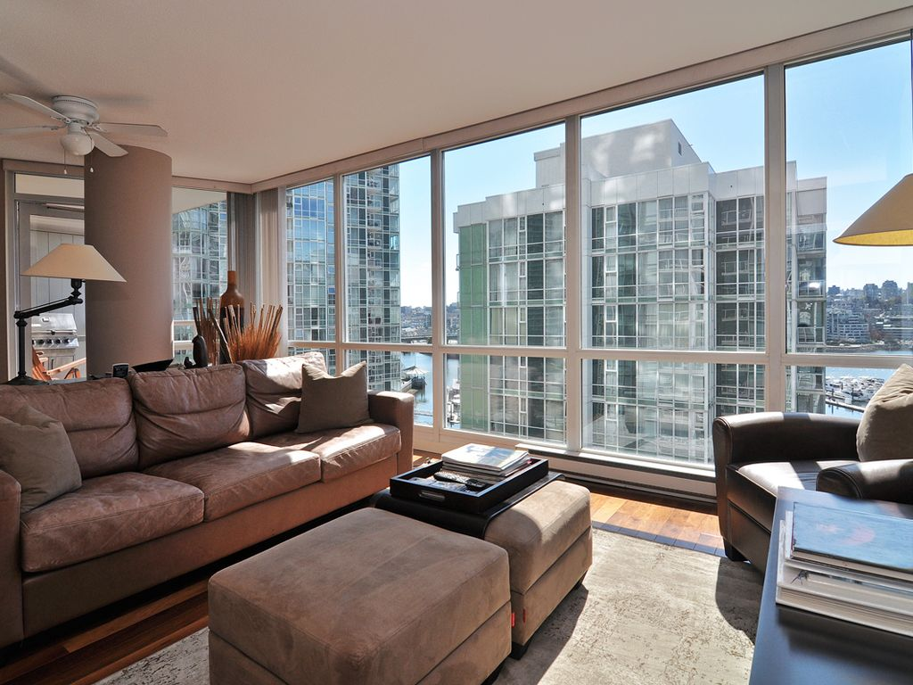Downtown 2 Bedroom Condo In Trendy Yaletown VRBO