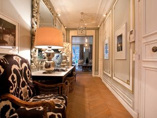 8th Arrondissement Champs Elysees apartment photo - Hall