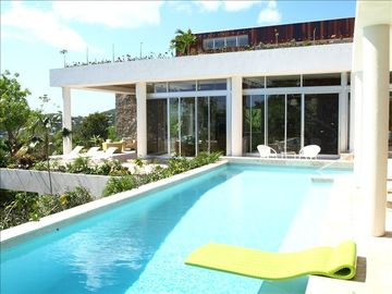 Bethany villa rental - This modern villa boasts a wonderful pool with spectacular views